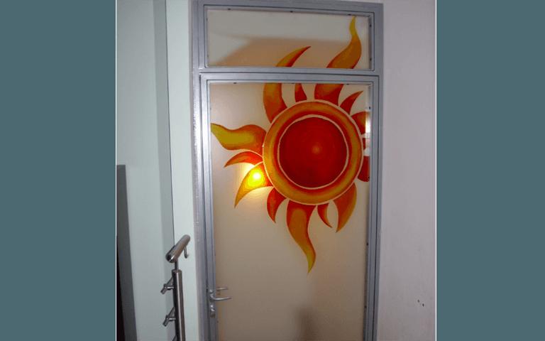 Porte a vetro decorate