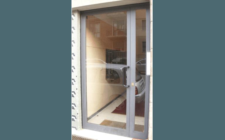 Porte vetro condominiali