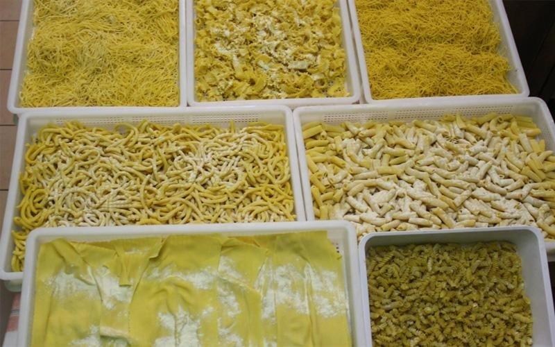 Vasta scelta di pasta fresca