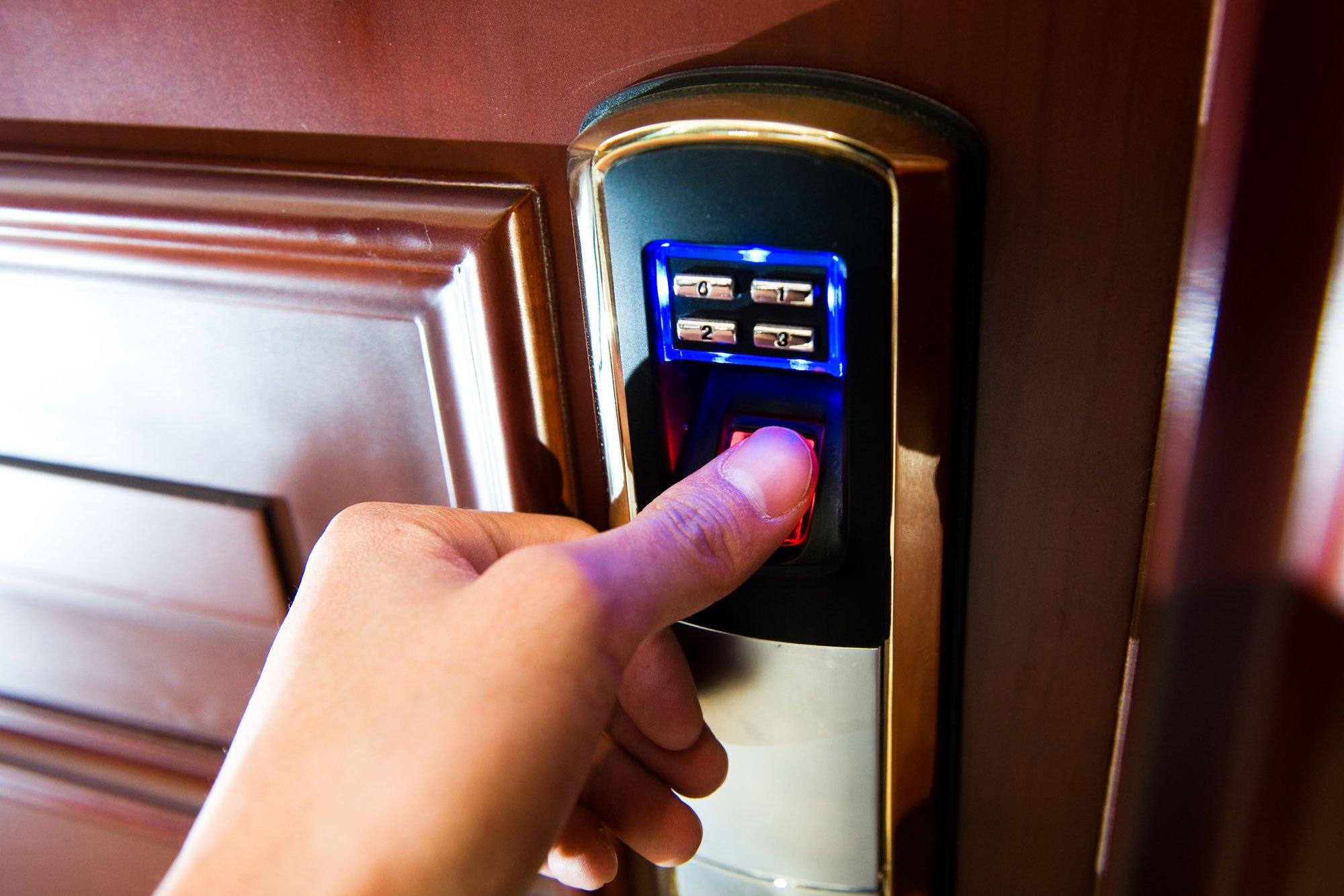 Biometrico della porta a Roma