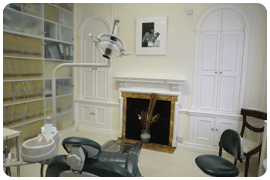 Dental implants - London - Harley Street Group Practice - Room Dentist
