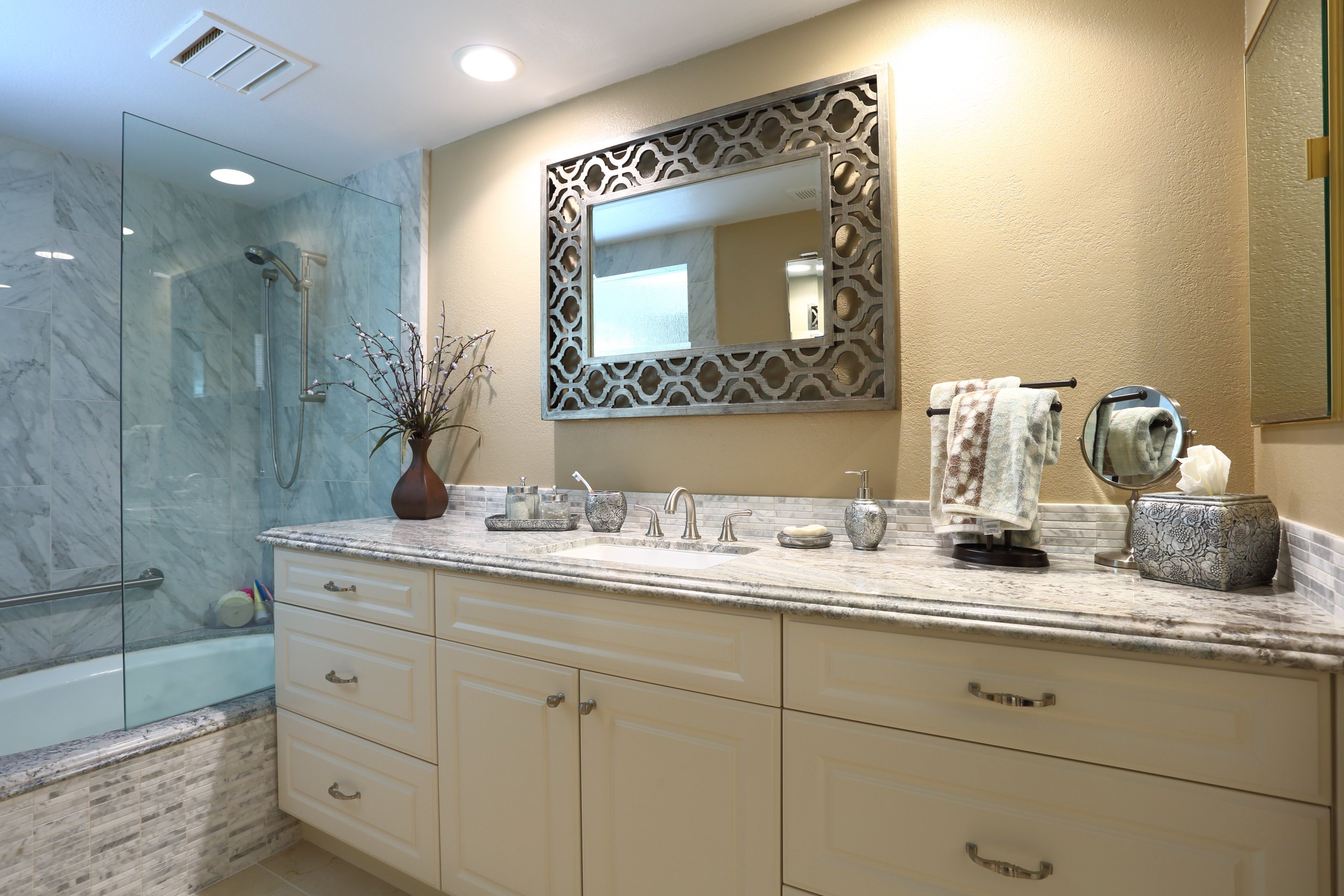 Kitchen Designer Palm Desert, CA | Bathroom Remodel & Kitchen Remodel