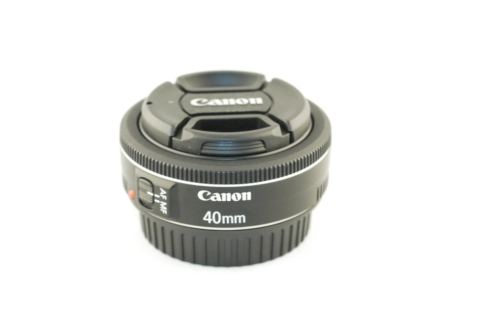 Canon 40 f2,8 stm