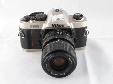 Nikon FM10 Con ob. zoom