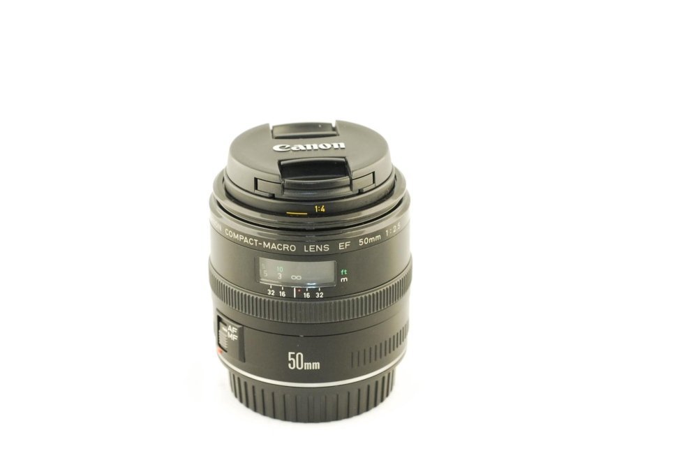 Canon 50 f 2,5 macro