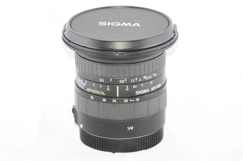 SIGMA 18-35 F3,5-4,5