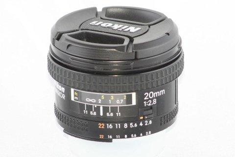 Nikon 20 f 2,8