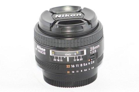 Nikon 28 f 2,8