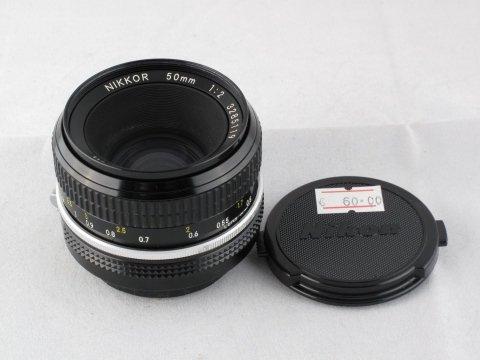 Nikon F 50 f 2