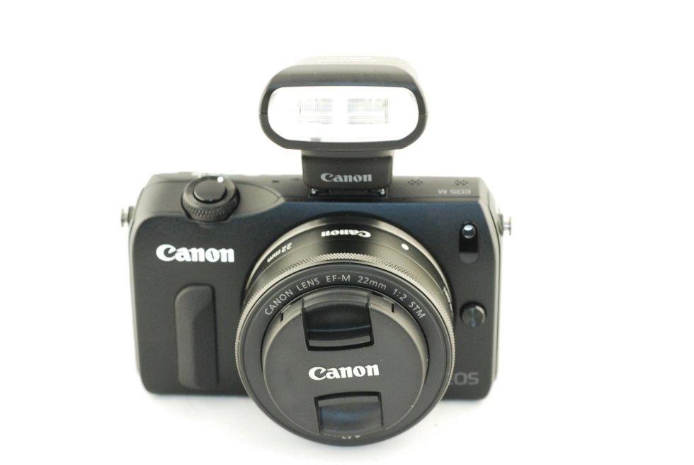 Canon eos M usata