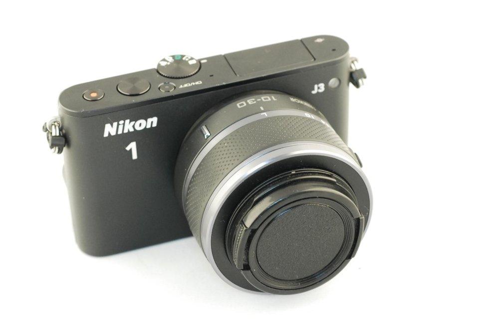 Nikon 1J3 usata