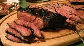 carne estera, pasta all'amatriciana, antipasti della casa