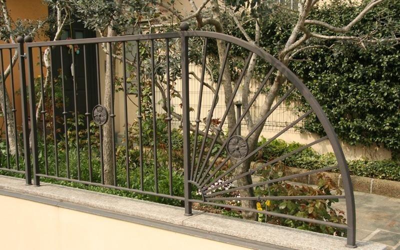 realizzazione cancelli e recinzioni su misura