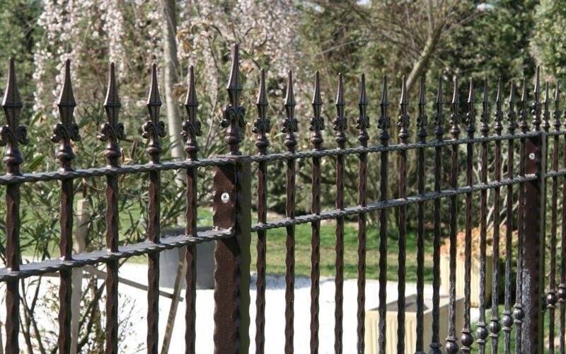 realizzazione cancelli e recinzioni