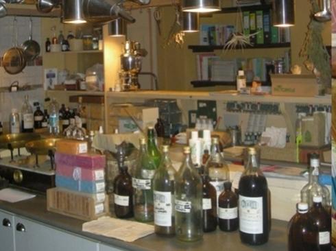 Laboratorio erboristeria