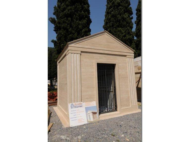 Lapidi cimitero Ferrari srl