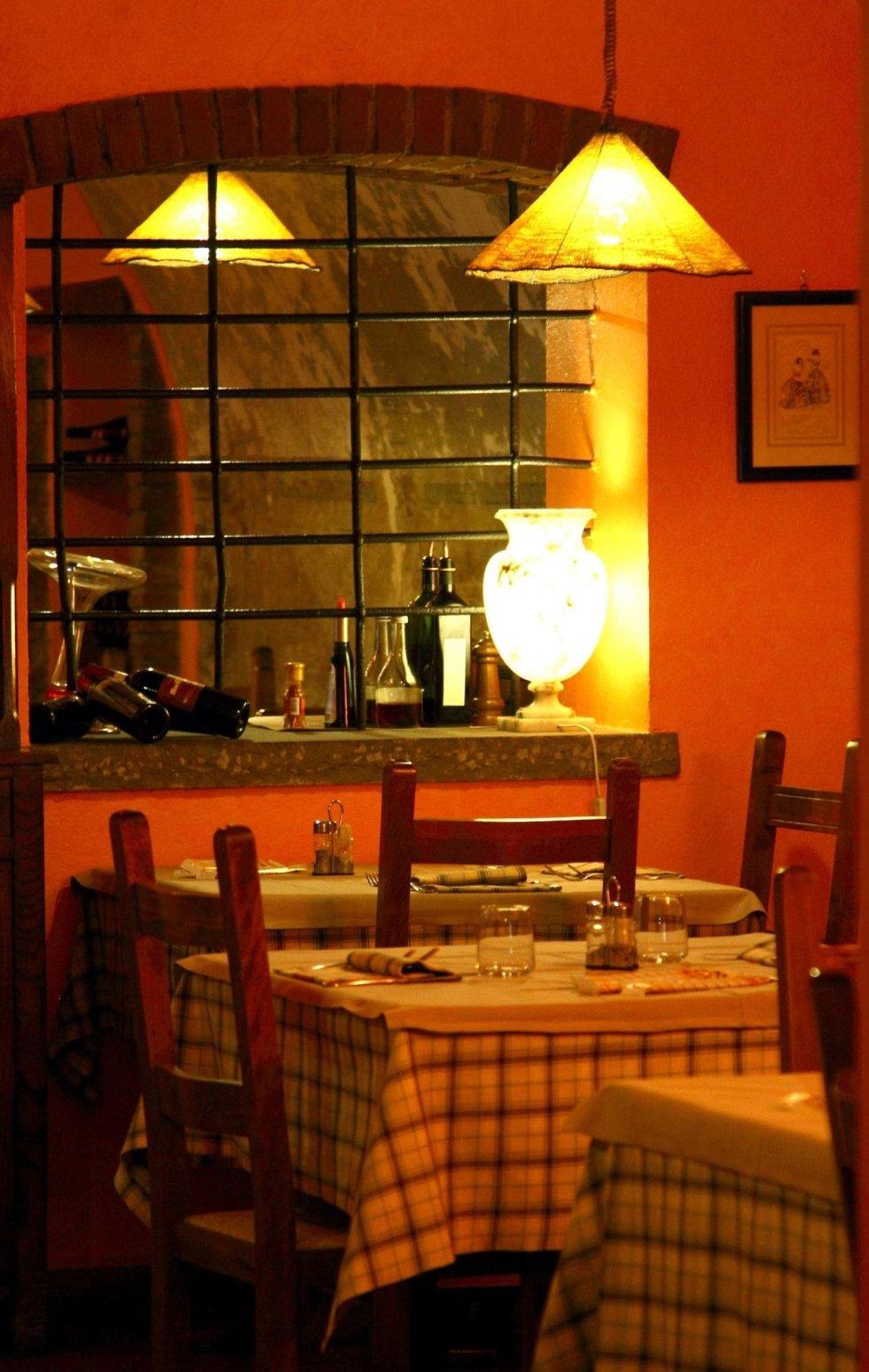 Ristorante Interno: i tavoli