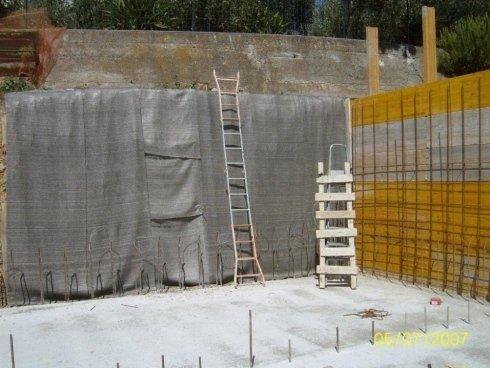muro contro terra con impermeabilizzazione con telo bentonitico