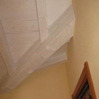 Particolare compluvio tetto in legno