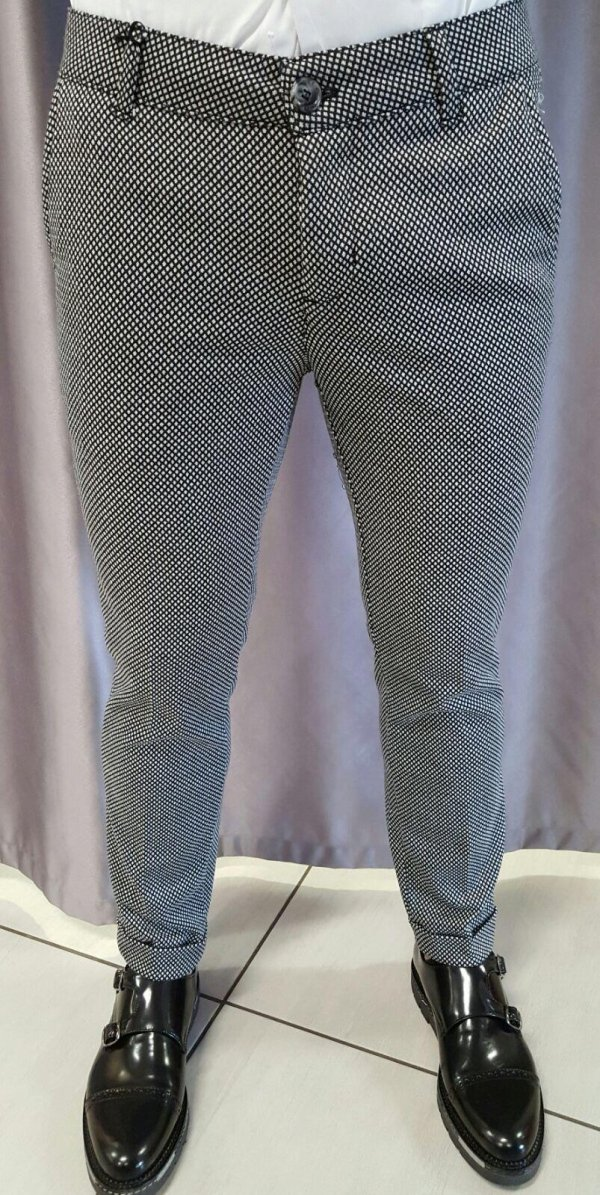 Pantalone elegante con piega inglese