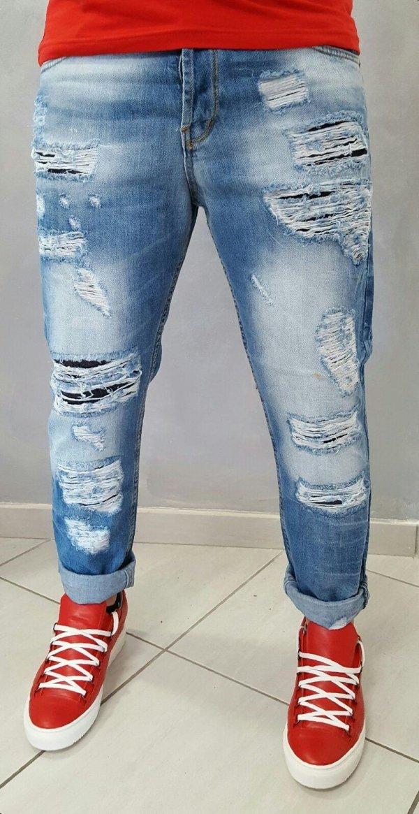 Jeans semi turco con strappi