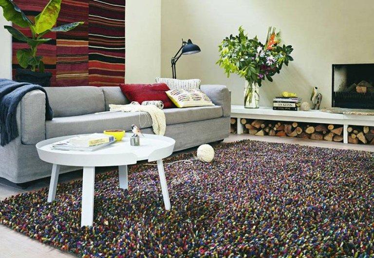 tappeto frange colorate