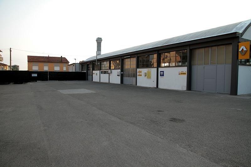 Carrozzeria Moderna - garage