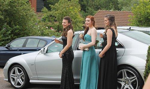 Beautiful ladies in occasion wears in Milton Keynes