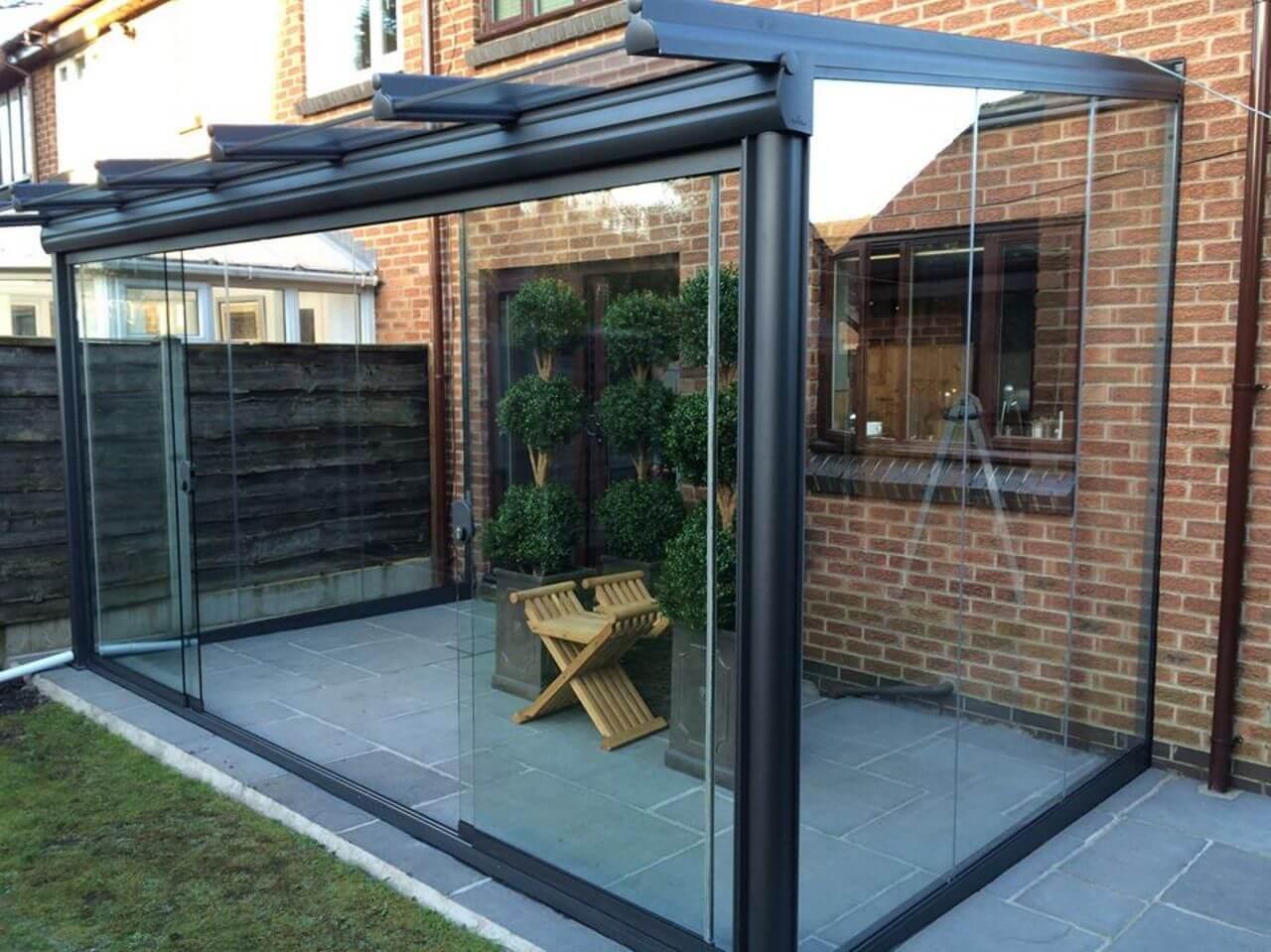 Weinor glasoase glassroom with sliding glass doors