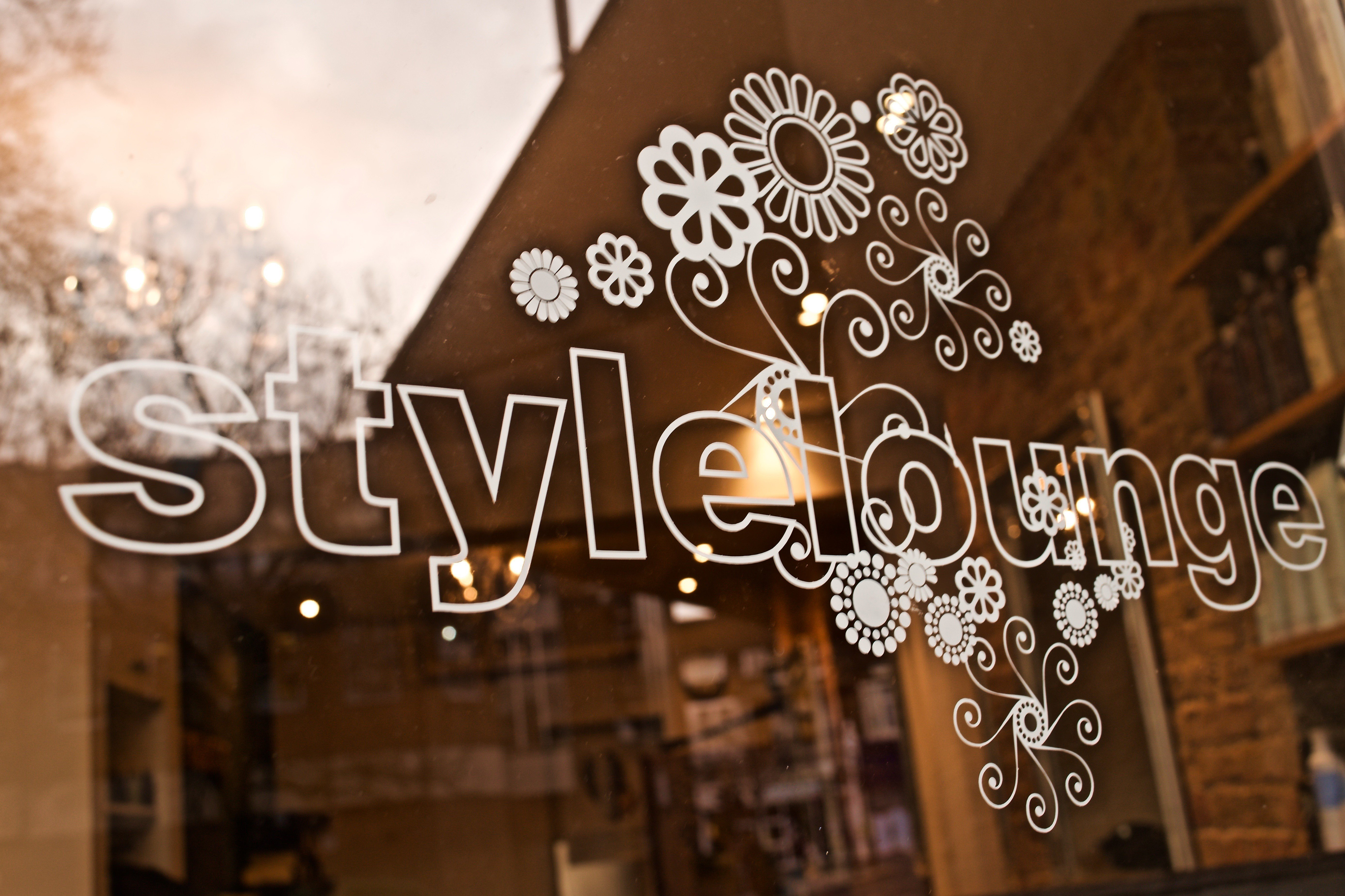 style lounge window lettering