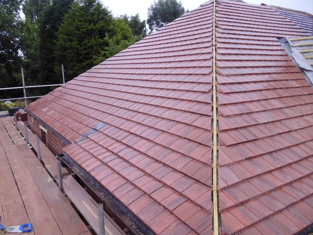 tile roof gutter pipe