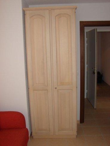 Armadio verticale, armadio a due ante, armadio bianco