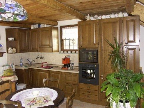 Cucina legno lucido, cucina legno laccato, cucina laccata