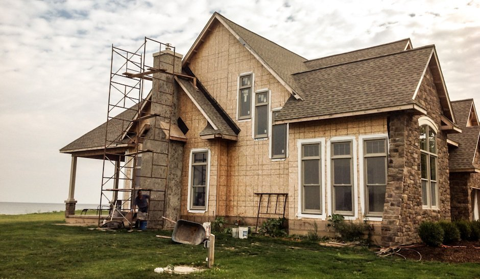 roofing repair contractor - Amherst, NY