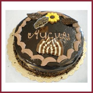 torta auguri con cioccolato