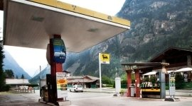 rifornimento carburanti