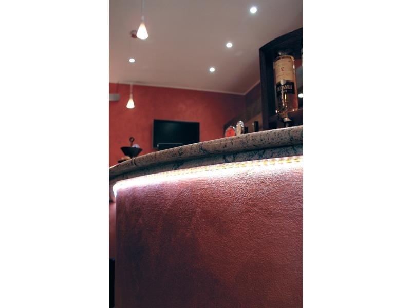 Esempio di installazione Led su un bancone del bar