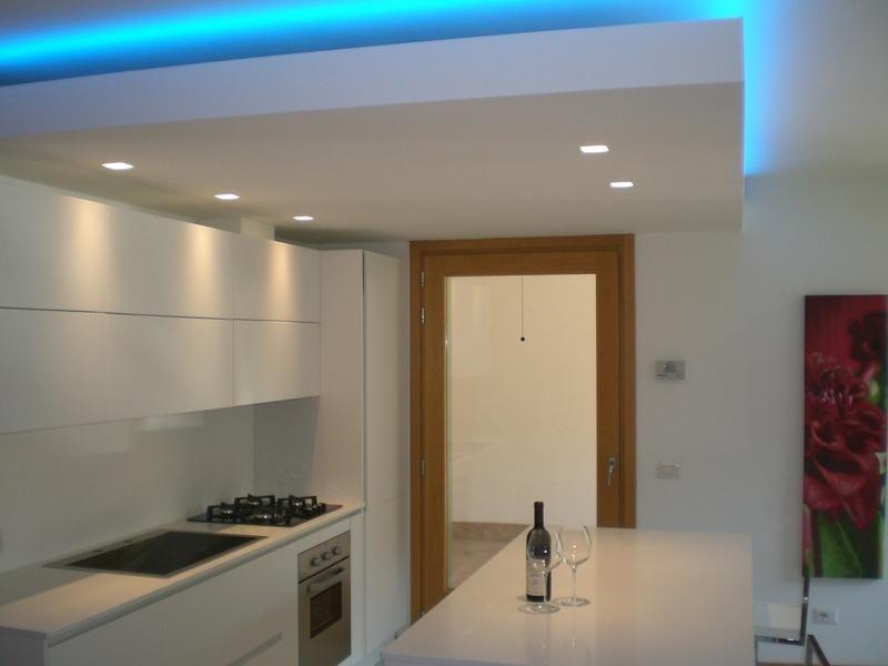Realizzazione illuminazione da cucina