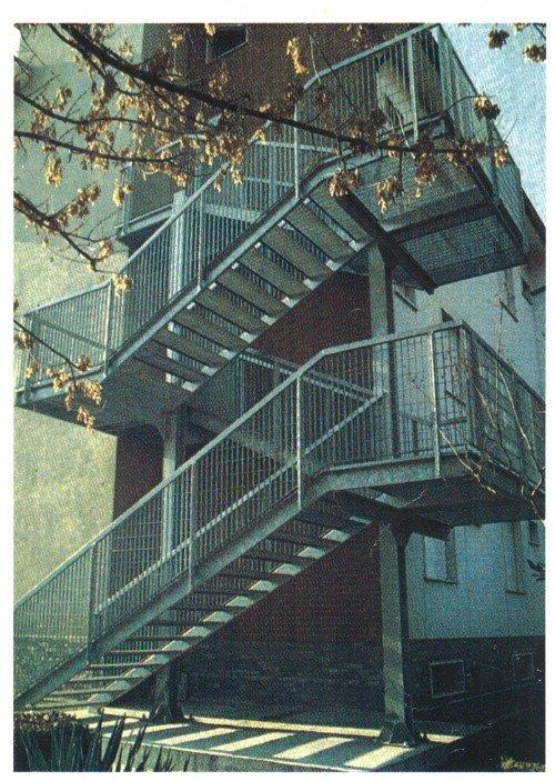 scale antincendio all'esterno di un edificio