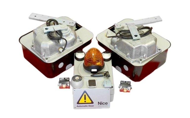 Kit per motorizzare cancelli a battente interrati con ante fino a 4 mt