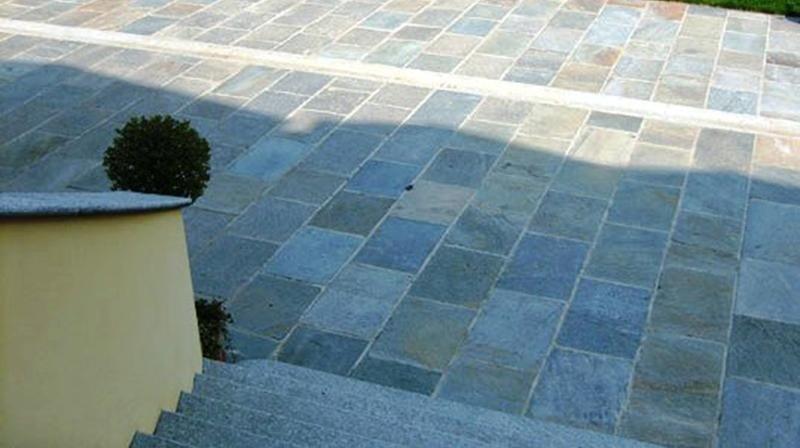 Arredo da esterno in pietra di Luserna