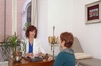 Trattamenti laser indolore dei denti e gengive