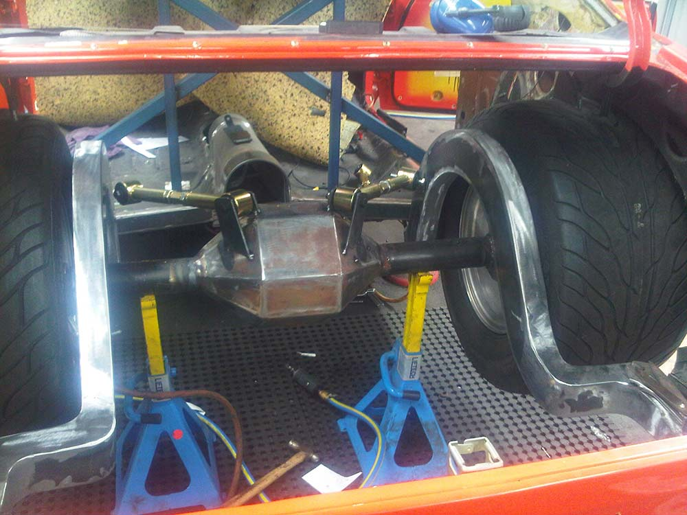 aikman engineering car rear axle with suspension