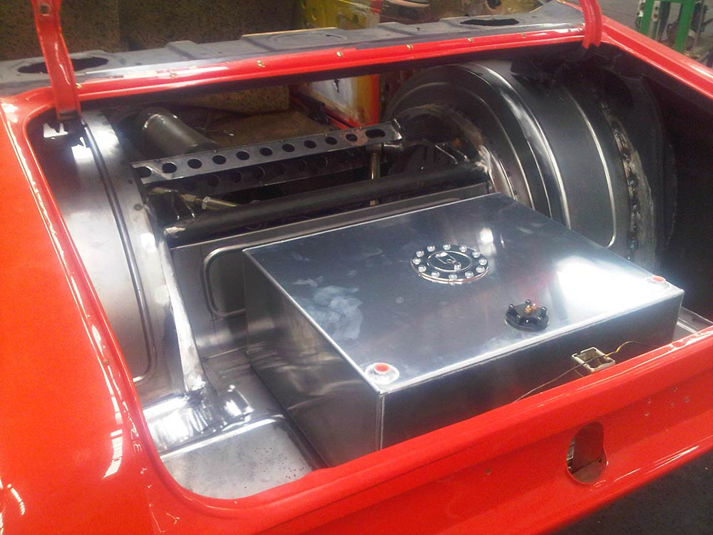 aikman engineering modified are rear compartment
