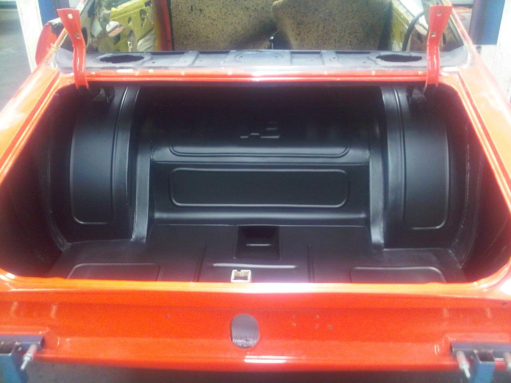 aikman engineering stylish rear compartment of a car