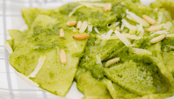 testaroli, pesto, piatto titpico, pesto