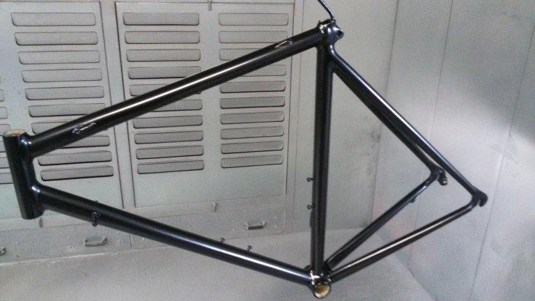 verniciatura telaio bici da corsa