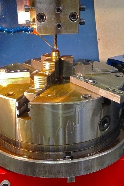 Lavorazione di scanalato ad evolvente z12 elicoidale passo 720 mm