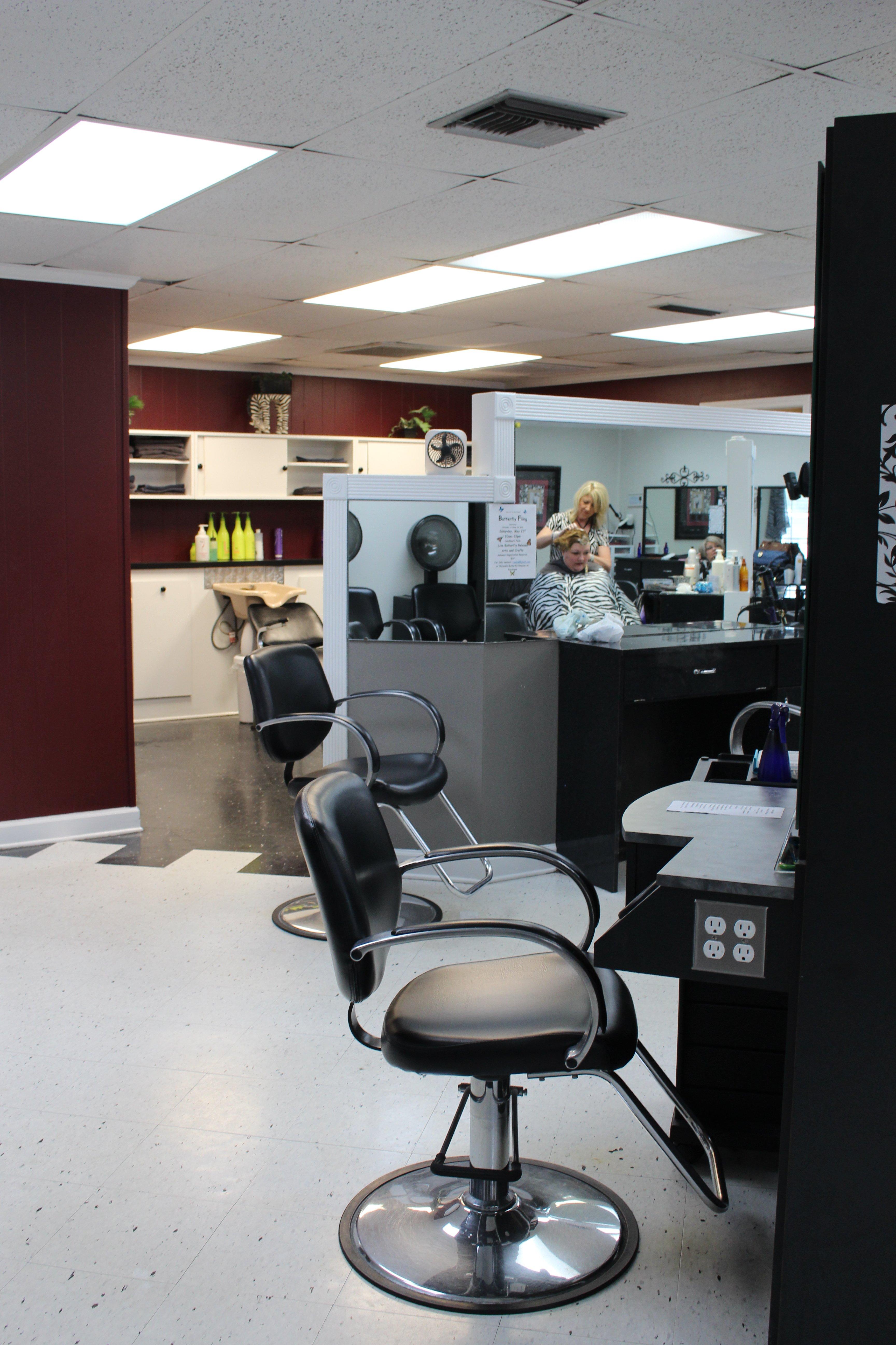 Customer receiving facial treatment in Dothan, AL.