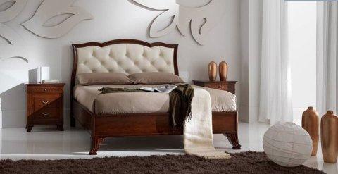 Testiera letto decorata
